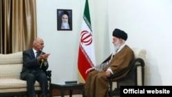 دیدار علی خامنهای و محمد اشرف غنی (عکس از وب سایت رهبر ایران)