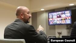 Председателят на Европейския съвет говори с лидерите на 27-те европейски държави по време на видеосреща на върха за коронавируса в сряда вечер в Брюксел