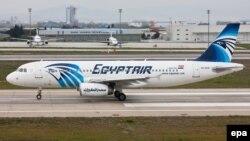 Самолет А320 авиакомпании EgyptAir.