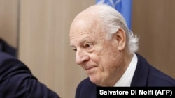 UN Special Envoy for Syria Staffan de Mistura attends a round of negotiation during the UN-led Intra-Syrian talks at the European headquarters of the United Nations in Geneva, December 13, 2017