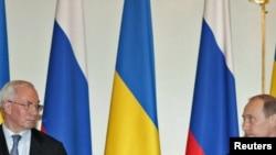 Владимиру Путину предстоит новая встреча с украинским коллегой Николаем Азаровым.