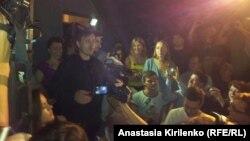 Называющий себя простым православным Андрей Каплин произносит речь против Pussy Riot, но за православие