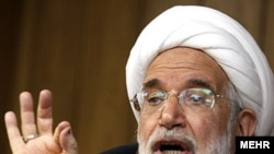 Mehdi Karrubi (file photo)