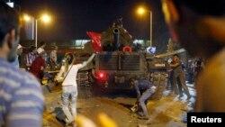 Përpjekje për grusht-shtet ushtarak në Turqi, 15 korrik 2016.