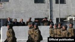Ushtarë armenë...