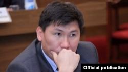 Қирғиз Республикаси Жўғўрқу Кенеши депутати Улукбек Кочкоров.