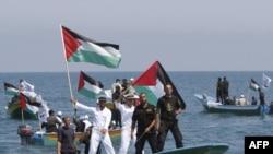 Израиль атаковал гуманитарный конвой в Средиземном море.