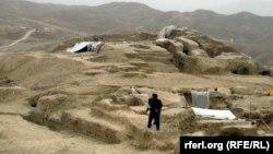 Место археологических раскопок Мес Айнак в провинции Логар.