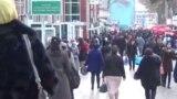 Яке аз кӯчаҳои шаҳри Душанбе. Акс аз бойгонист