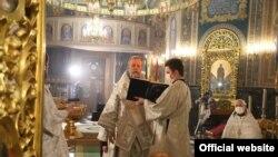 Пасхальная служба в Кафедральном соборе, Кишинев, 18 апреля 2020