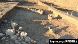 Археологические раскопки на территории строительства трассы «Таврида», апрель 2017 года