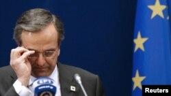 Athinë - Kryeministri i Greqisë, Antonis Samaras gjatë një konference për shtyp (Ilustrim)