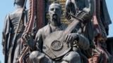 Кубань. Сліпий кобзар у скульптурній композиції в місті Краснодарі
