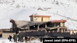 Пострадавший тренировочный военный комплекс в Афганистане