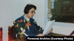 Sanel Kajan u studiju Radio Mostara 1993.