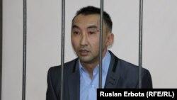 Болатбек Біләлов өзіне қарсы қылмыстық іс бойынша Сарыарқа аудандық 2-сотындағы процесс кезінде. Астана қаласы, 13 қаңтар 2016 жыл.