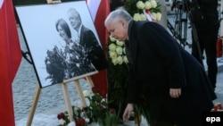 Брат загиблого президента Польщі Леха Качинського Ярослав Качинський на церемонії вшанування жертв трагедії під Смоленськом, 10 квітня 2015 року
