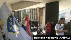 Demobilisani borci pred Parlamentom Federacije BiH, Sarajevo, 6. avgust 2018