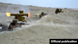 Учения азербайджанской армии (архив)
