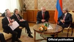 ԵԱՀԿ Մինսկի խմբի համանախագահները հանդիպում են Հայաստանի նախագահ Սերժ Սարգսյանի հետ, Երևան, 17-ը փետրվարի, 2015թ․