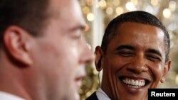 Presidentët Barak Obama dhe Dmitri Medvedev. Uashington, 24 qershor 2010.