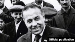 H.Əliyev