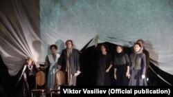 Romania, Livada cu vișini, de Anton Cehov, regia Lev Dodin, Festivalul Național de Teatru, București 2016