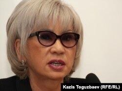 """Гульжан Ергалиева, главный редактор интернет-сайта """"Гульжан"""". Алматы, 16 апреля 2012 года."""