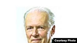 Александр Александрович Фурсенко, историк, академик; соавтор книги о Карибском кризисе, ставшей бестселлером в США. [Фото — <a href='http://peoples.ru' title='Люди и их биографии, истории, факты, интервью'>Истории людей</A>]