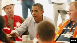 Barak Obama Meksika Körfəzində, 14 iyun 2010