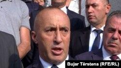Ramush Haradinaj pas dorëheqjes nga posti i kryeministrit.