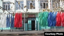 Республика Дагестан, город Махачкала, избирательный участок в школе № 13, 4 декабря 2011
