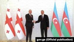 Վրաստանի վարչապետ Մամուկա Բախտաձեն և Ադրբեջանի նախագահ Իլհամ Ալիևը Բաքվում, 30-ը օգոստոսի, 2018թ.