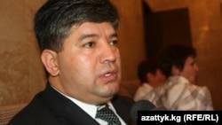 Равшан Собиров дар сӯҳбат бо Озодӣ июни соли 2011