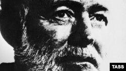 E.Hemingway