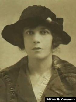 Вивьен Хейвуд, 1920
