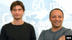 "Iraqi Kurdish director Hiner Saleem (right) and actor Yvan Franek promoting their film ""Vodka Lemon"""