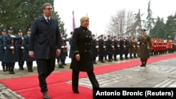 Posjet bez koristi za Hrvatsku: Aleksandar Vučić i Kolinda Grabar Kitarović u Zagrebu