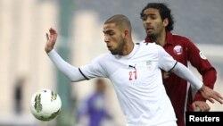 دژآگه در بازی مقابل قطر در مسابقات انتخابی جام جهانی