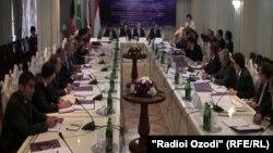 Встреча руководителей ведомств по борьбе с наркотиками Таджикистана, Афганистана,Пакистана и России в Душанбе 28 сентября 2012 года. Фото из архива.