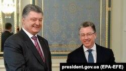 Зустріч президента Петра Порошенка з Куртом Волкером у Києві 16 травня 2018 року.