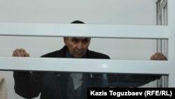Болатхан Жүнісов сот үкімін тыңдап тұр. Талдықорған, 21 қазан 2019 жыл.