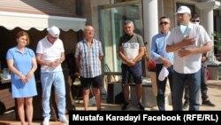 Почетният председател на ДПС Ахмед Доган също поздрави с видео участниците в конференцията. Последната му публична проява преди това беше в резиденцията му в Росенец през лятото, която стана повод за начало на антиправителствените протести.