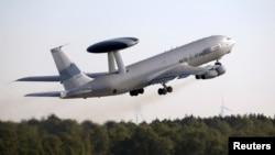 AWACS təyyarəsi