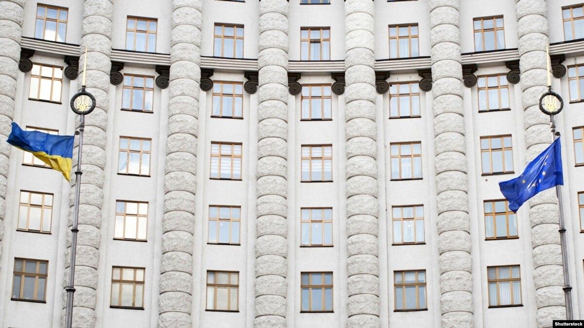 Правительство выделяет свыше 18 млн грн помощи пострадавшим участникам АТО