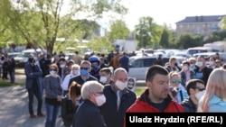 Перадвыбарчы пікет Сяргея Ціханоўскага ў Слуцку, 25 траўня