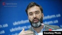 Директор организации «Евразийская демократическая инициатива» Питер Залмаев.