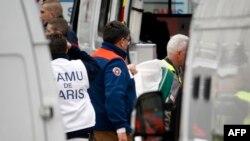 Prizor poslije napada na list Charlie Hebdo