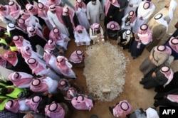 مقامهای کشورهای گوناگون برای شرکت در مراسم یابود ملک عبدالله به عربستان رفتهاند