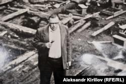Валентин Янин на раскопе